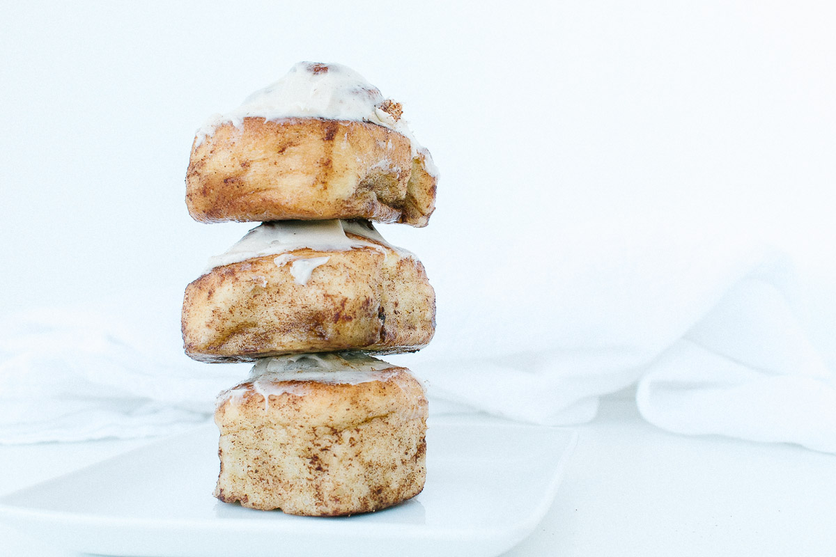 Flourgirl: Vegan cinnamon buns that are hard to share